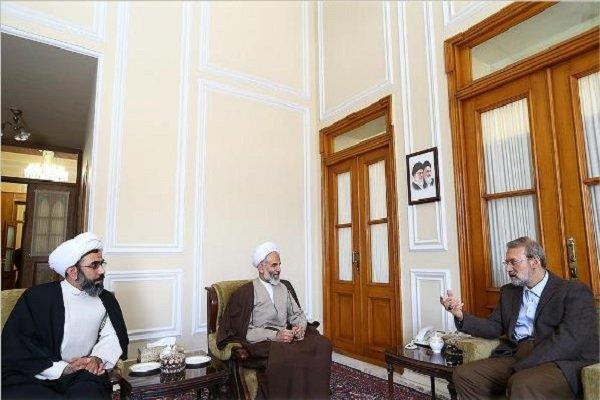 دیدار نوروزی رئیس سازمان اوقاف با علی لاریجانی