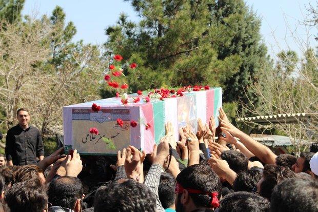 تشییع پیکر شهید حسین معز غلامی