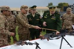 بازدید هیئت نظامی روس از مرز پاکستان با افغانستان