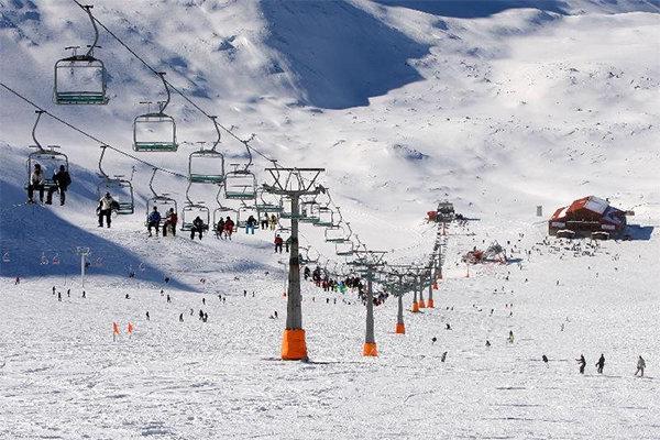مسیر منتهی به پیست اسکی آلوارس در سرعین غیراستاندارد است