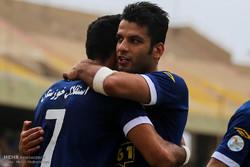 تعادل فريق استقلال خوزستان والفتح السعودي 1-1