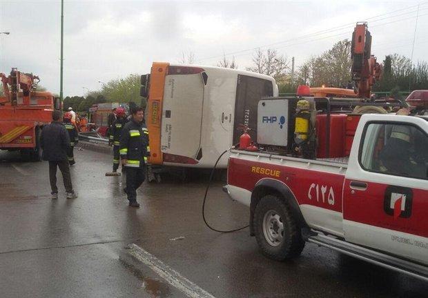 قطع عضو راننده اتوبوس اهواز - اصفهان در حادثه اتوبان خرازی