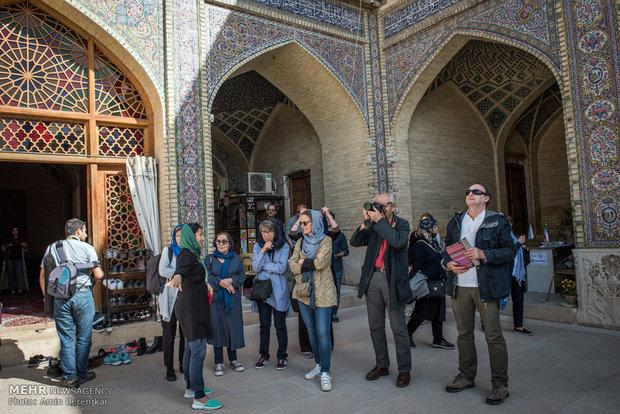 Nowruz tourists visit Qavam House, Nasir ol Molk Mosque