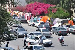 العديد من السياح يختارون مدينة همدان لقضاء عطلتهم الصيفية