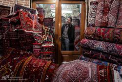 Tebriz'de dokunan halılar
