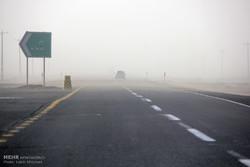 تمامی جاده های استان کرمان باز است /کاهش شدید میدان دید