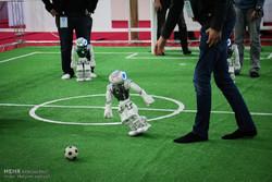 پیروزی ربات فوتبالیست دانشگاه امیرکبیر در برابر ربات ترکیه ای
