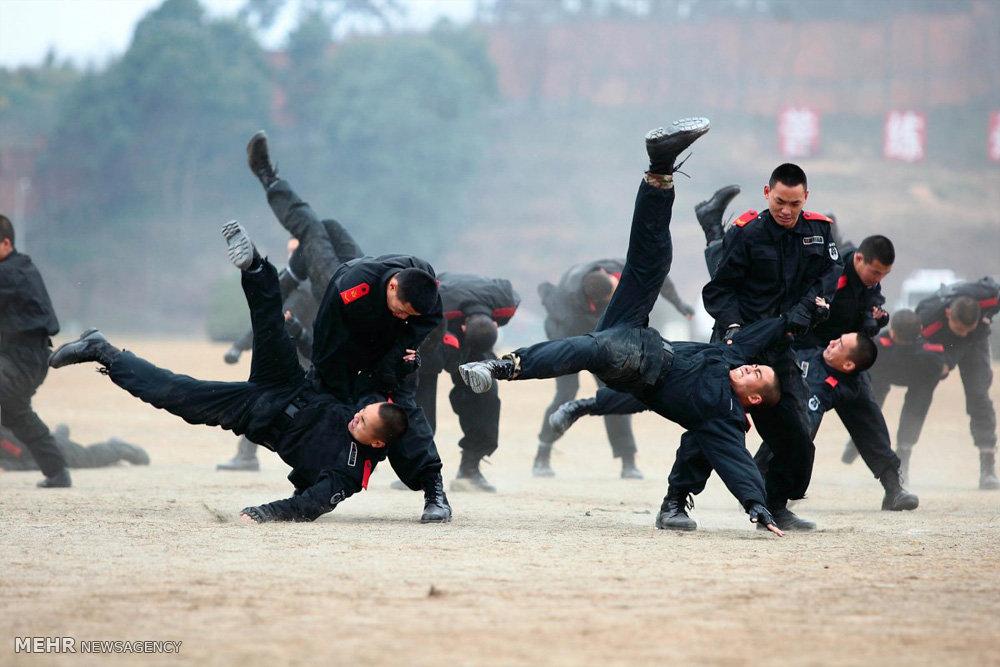 تمرینات سخت پلیس شبه نظامی چین