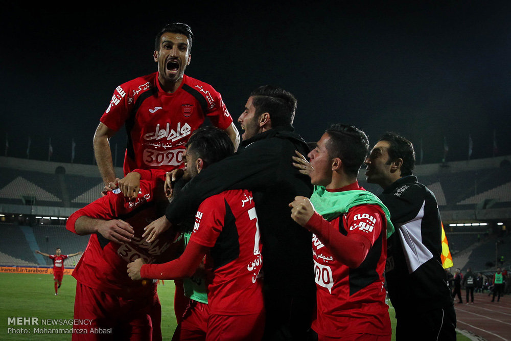 Persepolis 2-0 Peykan: Red giants closer to title