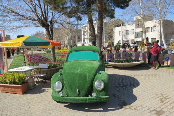 سومین جشنواره گلهای لاله در بوستان مشاهیر قزوین گشایش یافت