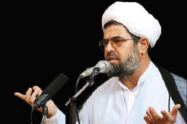 انقلاب اسلامی ایران منافع طاغوت و استکبار را به خطر انداخته است