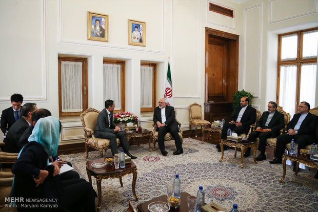 Zarif meets with Singapore's Senior Minister of State (SMS) for Defense and Foreign Affairs Mohamad Maliki Osman