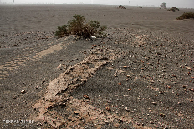 Sandstorm unearths historical site in southeastern Iran