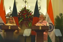 نارندرا مودی و حسینه واجد نخست وزیران هند و بنگلادش