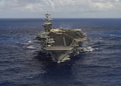US aircraft carrier strike group heads toward Korean Peninsula
