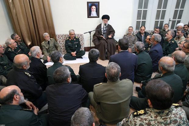 Senior Commanders of Armed Forces meet with Ayatollah Khamenei