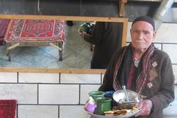 """""""نرجيلة"""" مقهى شعبي طهراني دون نرجيلة منذ 150 عاماً"""