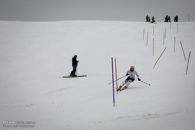 İran Kadınlar Kayak Şampiyonası'ndan kareler