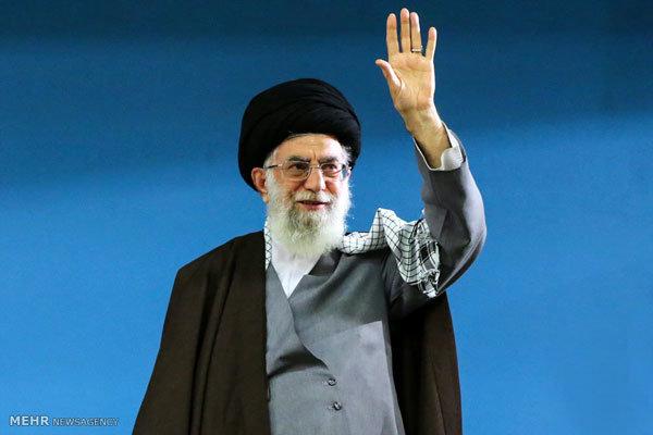 قائد الثورة يستقبل مسؤولين وسفراء دول العالم الاسلامي