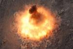 """فيديو /وزارة الحرب الأميركية تنشر فيديو القاء """"أم القنابل في أفغانستان"""""""