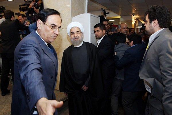 Ruhani cumhurbaşkanlık seçimlerine kayıt yaptırdı