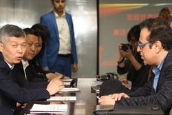 بازدید هیات چینی از شرکت کفشدوزک