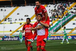 Perspolis İran Süper Ligi'nde şampiyon oldu