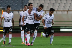 تیم فوتبال صبای قم برابر ملوان بندر انزلی به تساوی رسید