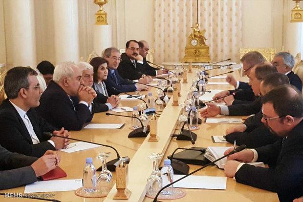 İran, Rusya ve Suriye'den ABD'ye uyarı