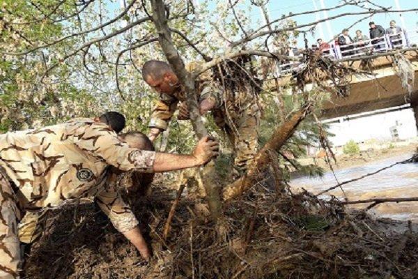 کمک رسانی ارتش