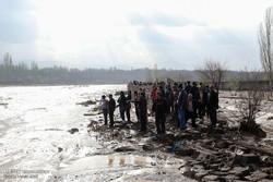 جستجو برای یافتن مفقودی سیل روستای «اَغشت» ادامه دارد
