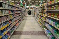 مردم به واسطه شایعات بی اساس دچار خرید هیجانی شده اند/کمبود کالا نداریم