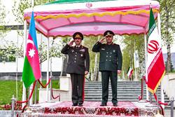 Azerbaycan Savunma Bakanı'nın karşılanmasından kareler