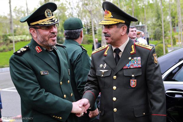استقبال رسمی سردار حسین دهقان وزیر دفاع  از سپهبد حسن اف وزیر دفاع جمهوری آذربایجان