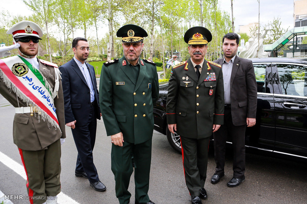 استقبال رسمی وزیر دفاع  از وزیر دفاع جمهوری آذربایجان