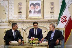 دیدار وزیر دفاع آذربایجان با رئیس مجلس