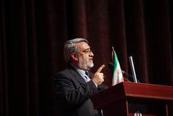 Iran urges further co-op with Pakistan to boost security