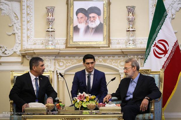 Larijani meets with Azerbaijan's defense min.