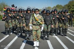 رژه نیروهای مسلح در کرج / عارف فتحی اکبری