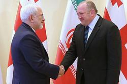 ظريف يؤكد استعداد ايران للتعاون الثنائي مع جورجيا