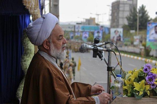ملت ایران بت استکبار را ابراهیم وار خواهند شکست