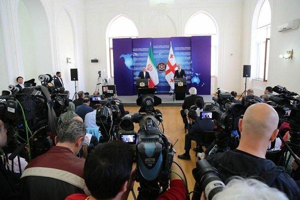 مؤتمر صحفي مشترك لوزيري خارجية ايران وجورجيا