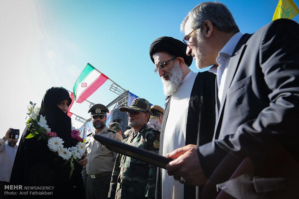 رژه نیروهای مسلح در استانها
