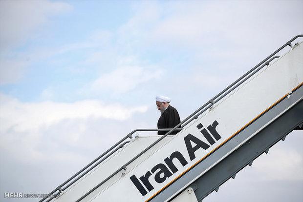 الرئيس روحاني يصل إلى محافظة كرمان للقيام بجولة تفقدية