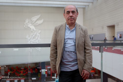 Japan grants medal of honor to Iranian filmmaker Kamal Tabrizi