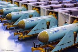 تحویل انبوه موشک کروز دریایی نصیر به نیروی دریایی سپاه