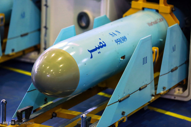 Def. Ministry delivers Nasir cruise missiles to IRGC Navy