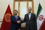 لاريجاني: أجرينا محادثات لتعزيز التعاون الاقتصادي مع قرغيزيا