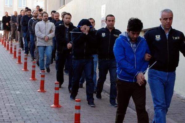 بازداشت شهروندان ترکیه به اتهام ارتباط با کودتای 2016