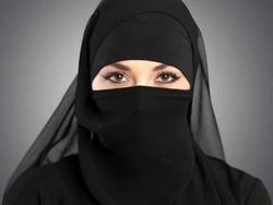 تیونس میں سرکاری دفاتر میں خواتین کے نقاب اوڑھنے پر پابندی عائد